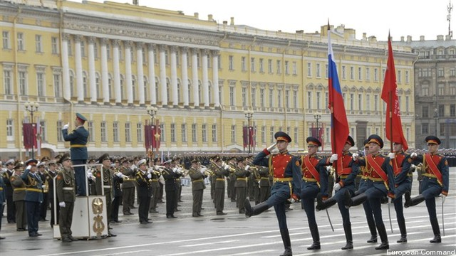 russian-troops-parade-in-st-petersburg