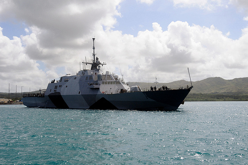 LCS-1 Freedom in Guam 8600054408_7d148ae721