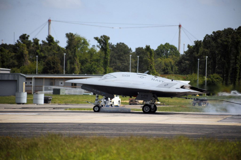 orthrop Grumman Corporation (NYSE: NOC) and the U.S. Navy have conducted the first fly-in arrested landing of the X-47B Unmanned Combat Air System (UCAS) demonstrator. [Northrop Grumman]