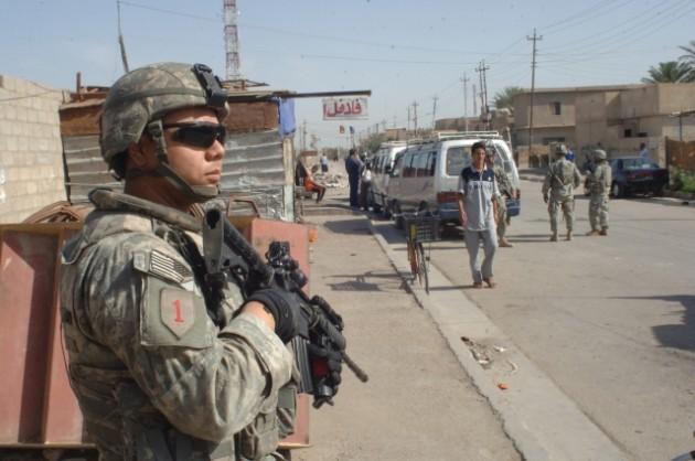 Army patrol Baghdad 2007 size0-army.mil-2007-05-30-091905