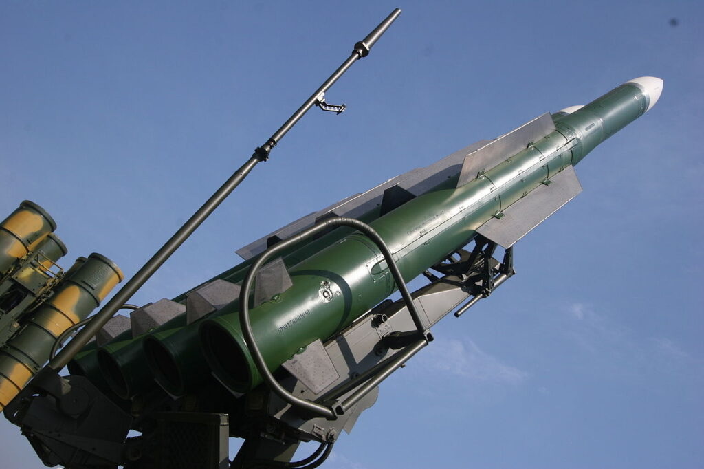 1280px-9M317_surface-to-air_missile_of_Buk-M2E