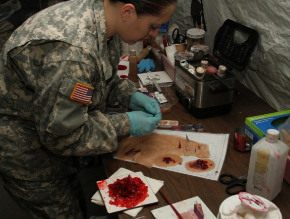 An Army reservist conducts medical training.